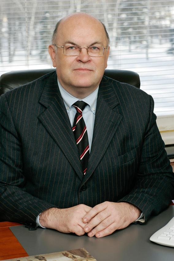 А.В.Сурин